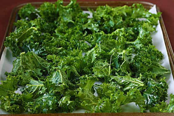 Kale-chips-prep